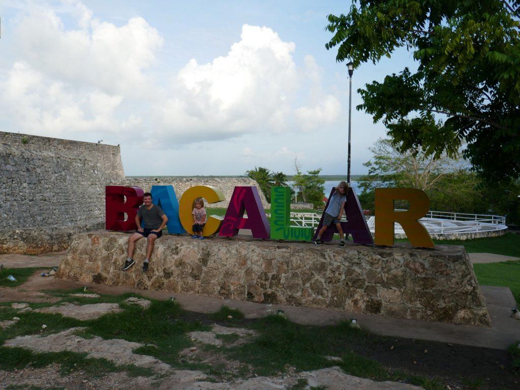 Bacalar en famille 1024x768 Bacalar et la lagune aux 7 couleurs
