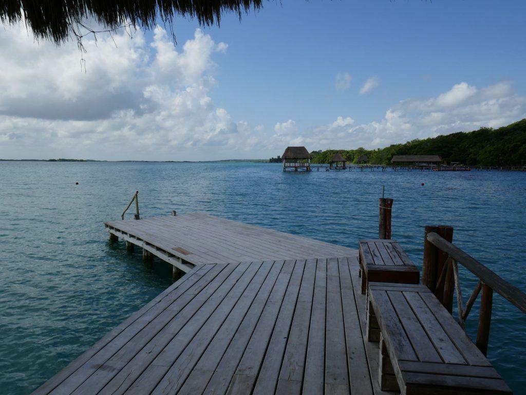 Bacalar famille ponton lagune 1024x768 Bacalar et la lagune aux 7 couleurs
