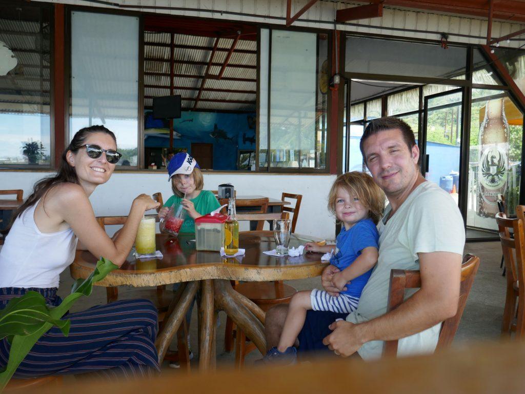 voyageureux famille 1024x768 Quepos, dernière étape au Costa Rica ... pour le moment !