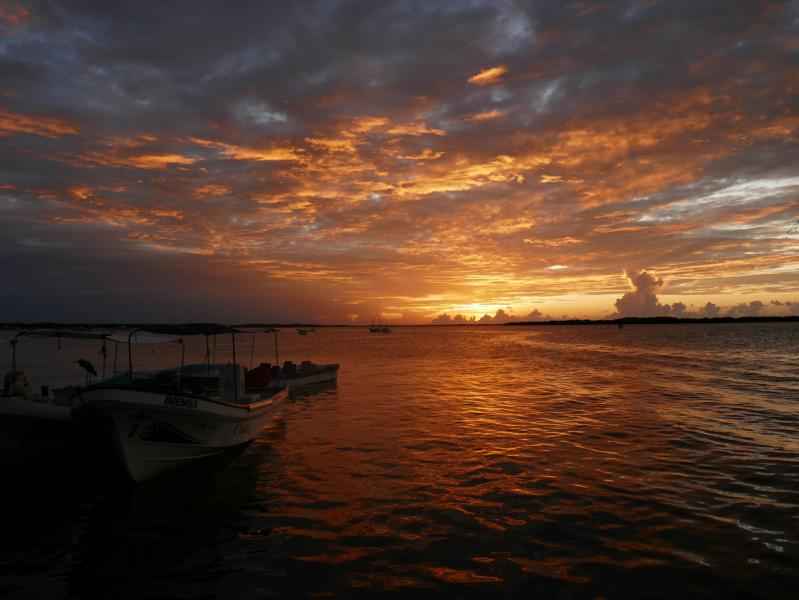 Photos yucatan rio lagartos sunset Le blog du voyage en famille