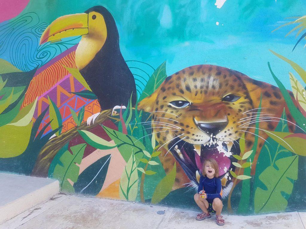 street art holbox 1024x768 Holbox, paradis en demi teinte