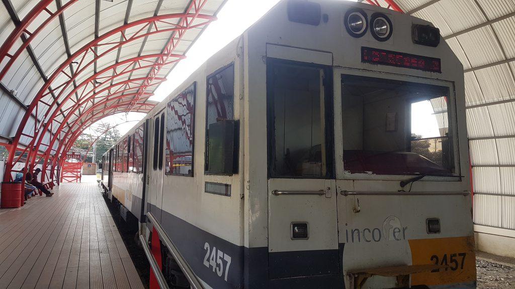 Train costa rica 1024x576 Back in Costa Rica : Volcan Irazu et la vallée d'Orosi !