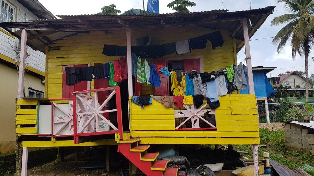 maison bastimentos 1024x576 Et plus au sud... le Panama !