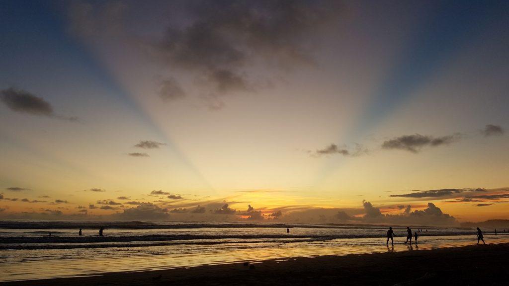 ciel ocean pacifique 1024x576 A la rencontre des baleines du Costa Rica